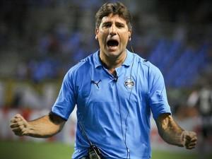 Ídolo gremista, Renato Gaúcho foi um dos responsáveis pelo crescimento do Grêmio no Brasileirão de 2010.