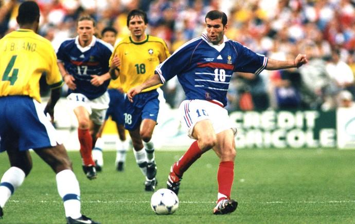 1998-zidane-franca-ap (1)