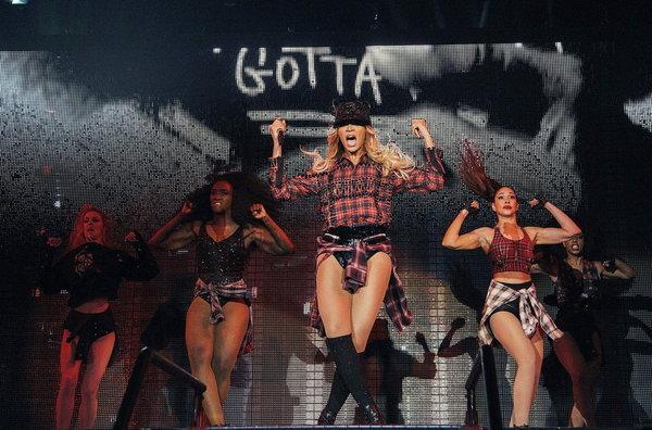 Beyonce-celebro-los-goles-del-_54404079477_54115221154_600_396