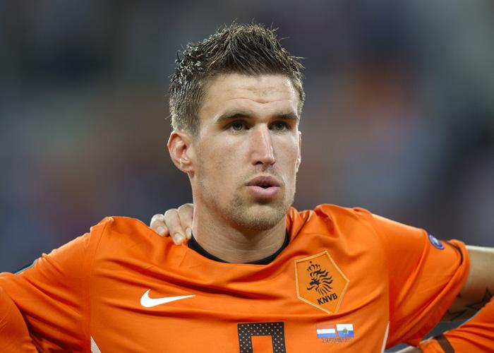 Oranje verslaat voetbaldwerg met 11-0