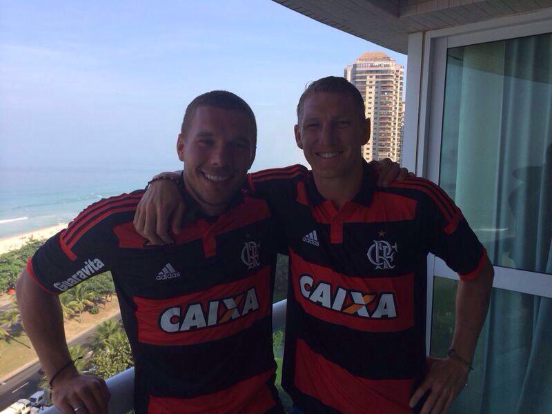 Podolski se 'naturalizou' brasileiro