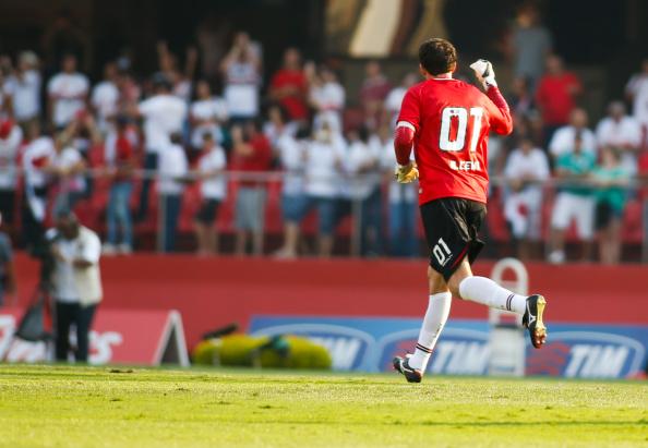 Sao Paulo v Cruzeiro - Brasileirao Series A 2014