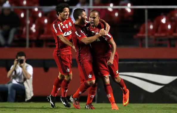 Sao Paulo v Flamengo - Brasileirao Series A 2014