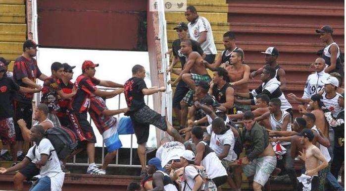 Resultado de imagem para violência no futebol