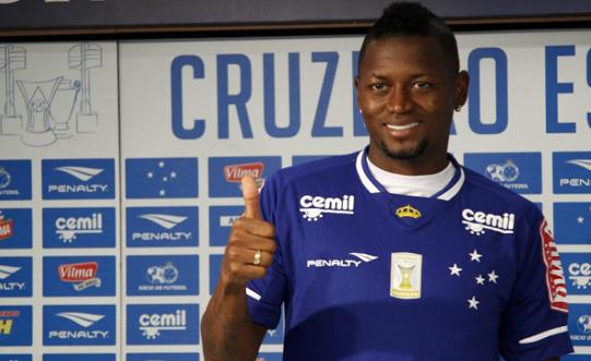 Riascos quando chegou no Cruzeiro - Divulgação/Cruzeiro