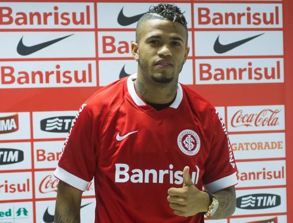 Leo foi emprestado ao Inter e agora está no Furacão - Divulgação/Inter