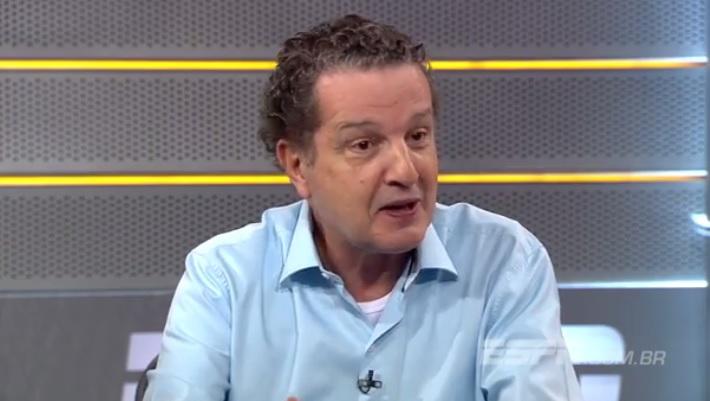 """É mais importante o Callieri enfrentar o Corinthians do que…"