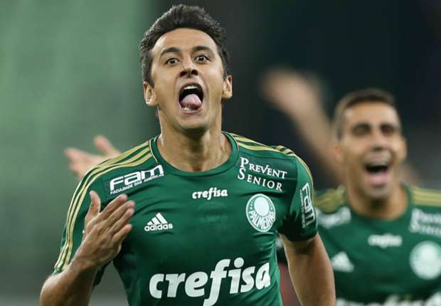 """Palmeiras celebra SuperBowl com """"field goal"""" de Robinho em Rogério…"""