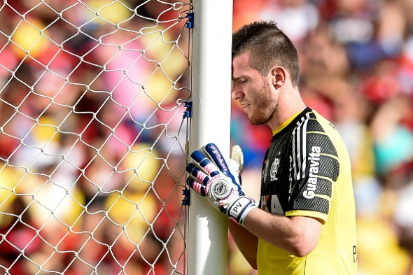Paulo Victor tem 3 jogos - Getty Images