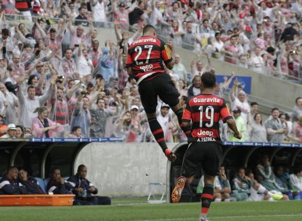Kayke comemora gol pelo Flamengo - Foto: Gilvan de Souza/Flamengo