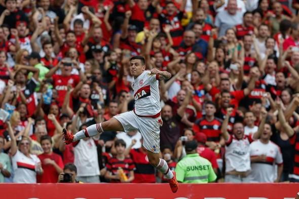 Ayrton - Foto: Gilvan de Souza/Flamengo