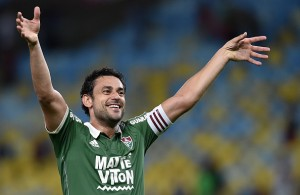 RIO DE JANEIRO, BRAZIL - JULY 09:  Fred of Fluminense celebrates a victory after a match between Fluminense and Cruzeiro as part of Brasileirao Series A 2015 at Maracana Stadium on July 9, 2015 in Rio de Janeiro, Brazil.  (Photo by Buda Mendes/Getty Images)