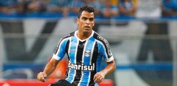 Maicon-é-um-dos-lideres-do-Grêmio-615x300