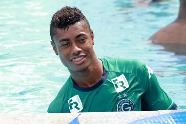Bruno Henrique é vendido ao Wolfsburg
