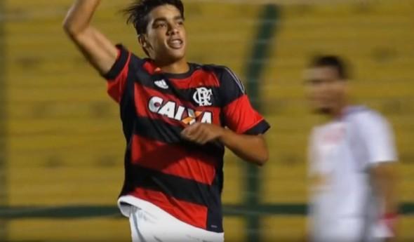 Paqueta pela base do Fla - Divulgação/Flamengo