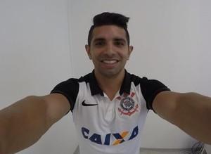 """Guilherme diz que abriu mão de dinheiro pelo Corinthians: """"Sonho…"""