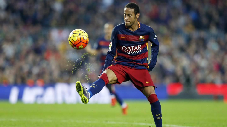 """Lenda do Barcelona critica Figo ao defender Neymar: """"Não será…"""