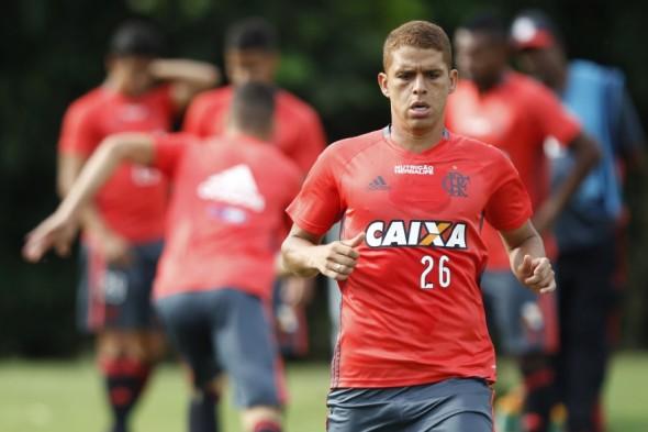 Cuéllar (volante) - Foto: Gilvan de Souza/Flamengo