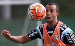 Palmeiras Roger Carvalho