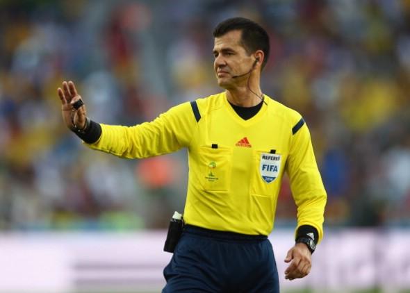 Carlos Vera irá apitar jogo do Palmeiras na próxima quinta-feira. Foto: Getty Images
