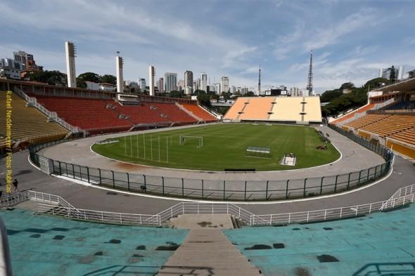 07-06-2014- Brasil - Sao Paulo - Campo de futebol do Estadio do Pacaembu em Sao Paulo. Foto: Rafael Neddermeyer/ Fotos Publicas