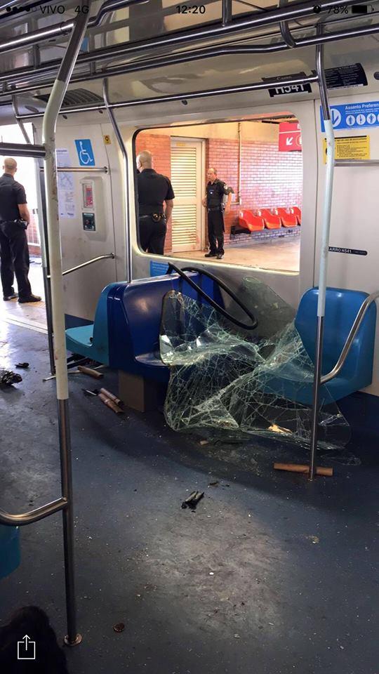Briga no metrô