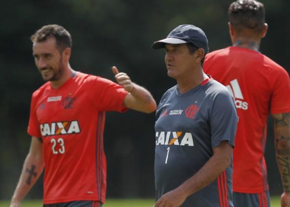 Mancuello e Muricy - Gilvan de Souza/Flamengo