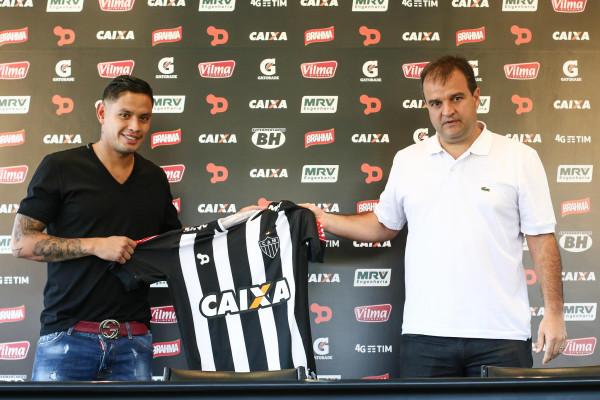 Carlos Eduardo, meia do Atlético-MG