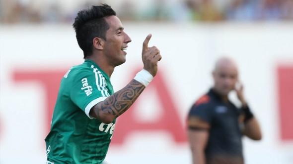 Lucas Barrios (PAR) - Foto: Divulgação/Cesar Greco/ Ag Palmeiras