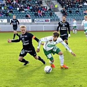 Bernardo em ação pelo IFK, da Finlândia