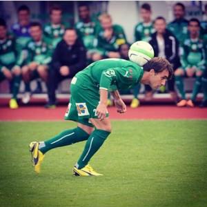 Bernardo em ação pelo IFK
