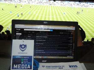 Cabine de imprensa do estádio Fratton Park - arquivo pessoal
