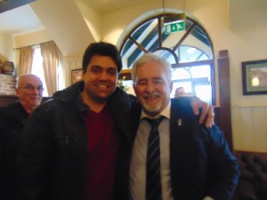 Eu com o presidente do Portsmouth FC - arquivo pessoal