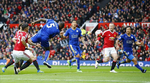 Manchester United x Leicester - Wes Morgan goal