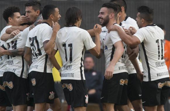 Corinthians x Santa Cruz - Brasileirão 2016