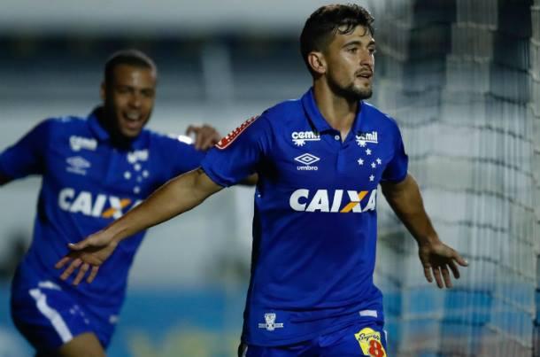 Arrascaeta - meia do Cruzeiro