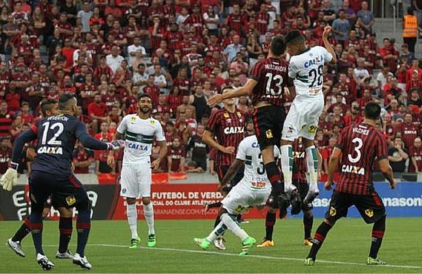 Resultado de imagem para América-MG x Atlético-PR