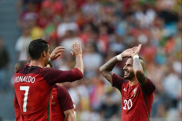 Portugal 7 x 0 Estônia - amistoso internacional - Cristiano Ronaldo e Quaresma