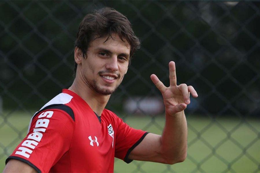 [SPFC.Net] Com nome especulado no futebol italiano, Rodrigo Caio diz estar focado apenas no São Paulo
