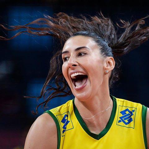 Bicampeã dos Jogos, Sheilla criticou Parque Olímpico
