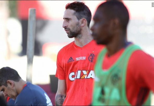 Donatti e Juan - Foto: Gilvan de Souza/Flamengo