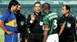 Epifânio González fez uma das arbitragens mais controversas na história da Libertadores - Reprodução/ Twitter