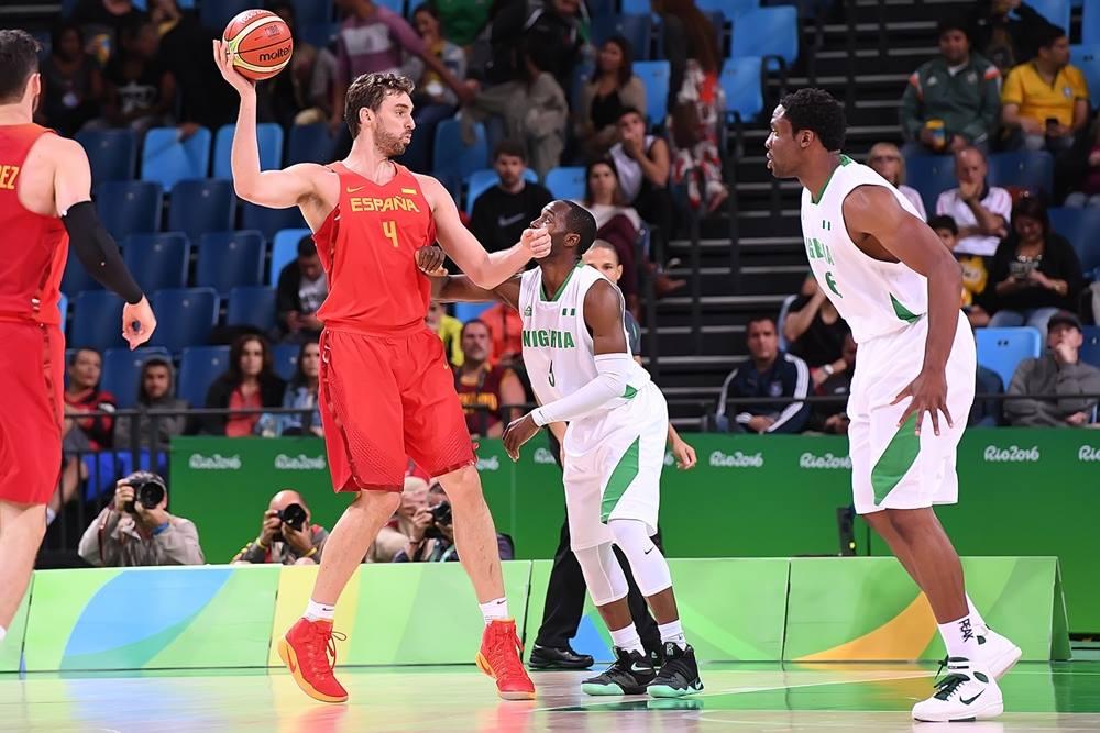 Espanha alcança bronze com vitória pela margem mínima
