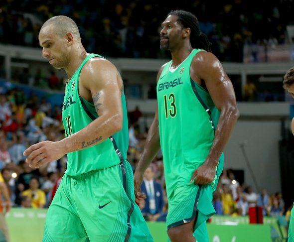 Brasil nem passou da fase de grupos no torneio masculino de basquete. Foto: Getty Images