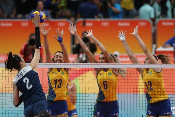 Brasil era grande favorito ao tri olímpico no feminino. Foto: Divulgação/CBV