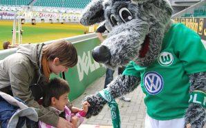 BUNDESLIGA - Conheça Wölfi: o mascote do VfL Wolfsburg