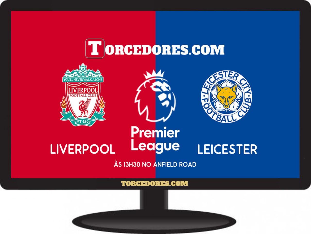 Liverpool goleia campeão inglês em título