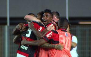 Gol de empate do Flamengo ( Foto/Reprodução)