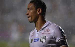 Vasco x Santos sem Oliveira, Dorival relaciona 23 atletas para o jogo