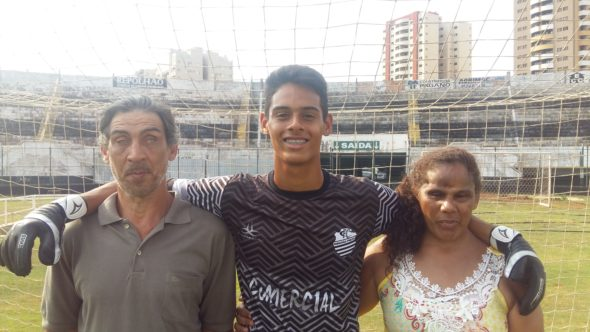 Wesley e os pais, Ronaldo e Célia
